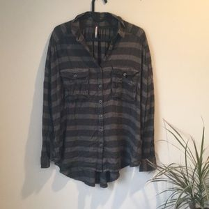Free People button down plaid shirt with pockets